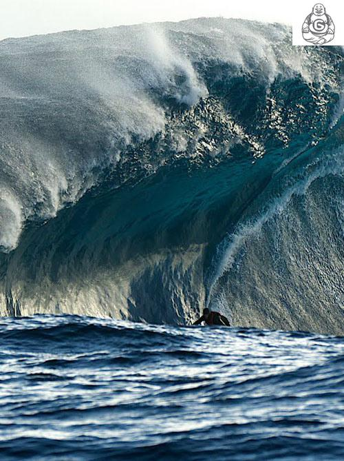 Huge Surfing Waves
