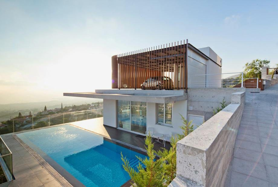 monster homes you need to see  18